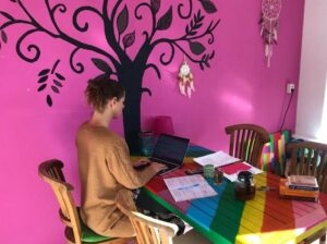YogaLeeuwarden_YogametJoska_Leef-je-dromen-NU_effect-van-kleur
