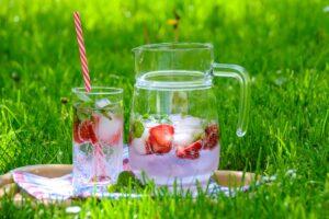 YogaLeeuwarden_YogametJoska_YogaLeeuwarden_YogaFriesland_Vruchtenwater_water-met-een-smaak_effect-van-kleur