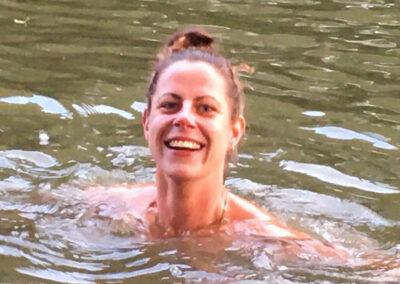 YogaLeeuwarden_Buiten-zwemmen-friesland-cursus_koude-training-leeuwarden_YogaMetJoska_Privé-yoga_1op1yoga