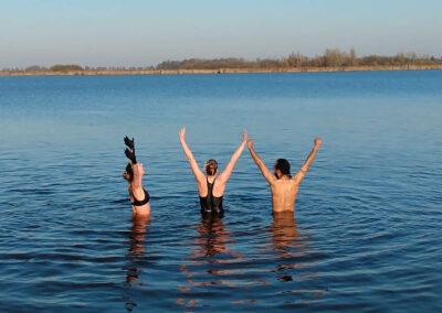 YogaLeeuwarden_koude-challenge_wim-hof-leeuwarden_Buiten-Zwemmen-Leeuwarden_koude-training_YogaMetJoska