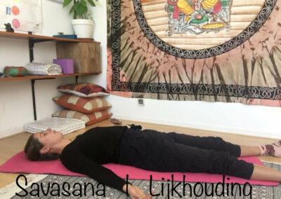 YogaLeeuwarden_savasana-yogahouding_YogaMetJoska_Privé-yoga_1op1yoga
