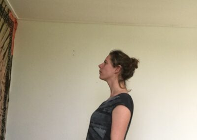 juiste-lichaamshouding-leven-zonder-pijn-houding-verbeteren-yoga_joga-leeuwarden_yoga-met-joska