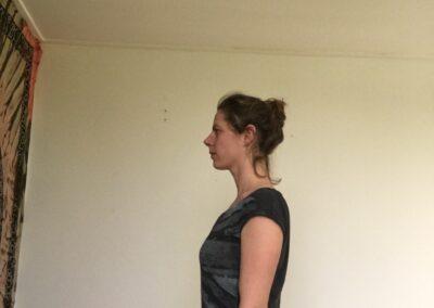 juiste-lichaamshouding-leven-zonder-pijn-houding-verbeteren-yoga_joga-leeuwarden_yoga-met-yoska